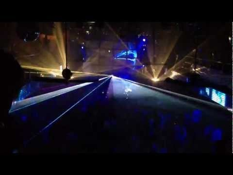 PANGOLIN laser show in Chicago music hall - http://best-videos.in/2012/11/18/pangolin-laser-show-in-chicago-music-hall/
