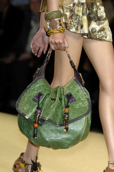 CLICK THIS PIN TO SEE THE ENTIRE COLLECTION THIS SEASON. WOW...Luis