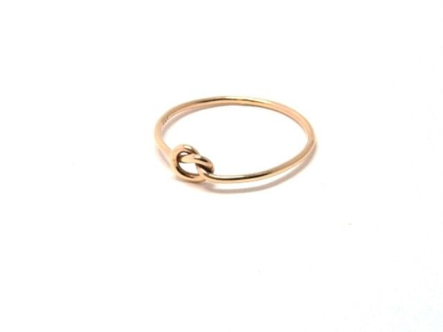 9ct yellow gold Love Me Knot ring