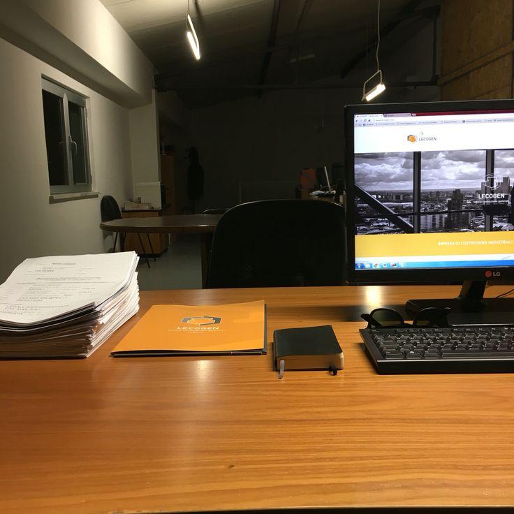 Desk - Lecogen  www.lecogen.com