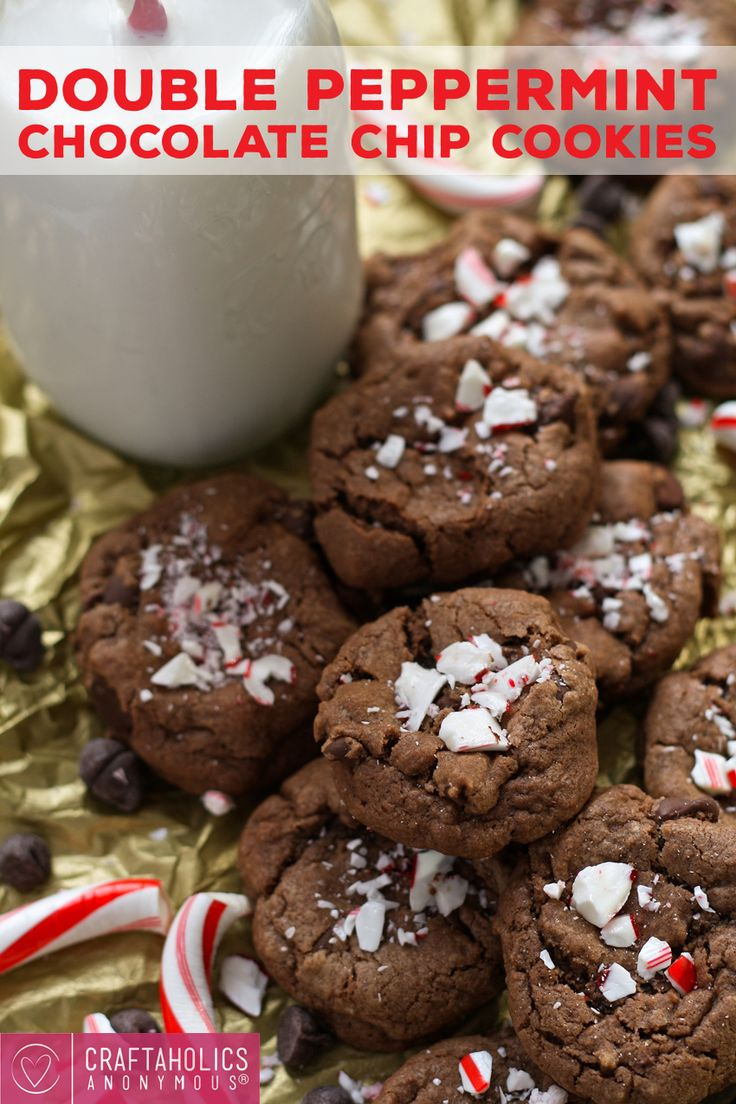 Peppermint Chocolate Chip Cookies - perfect for Christmas cookie ...