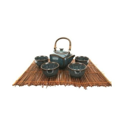 I absolutely LOVE this Japanese Tea Set . Isn't it gorgeous???