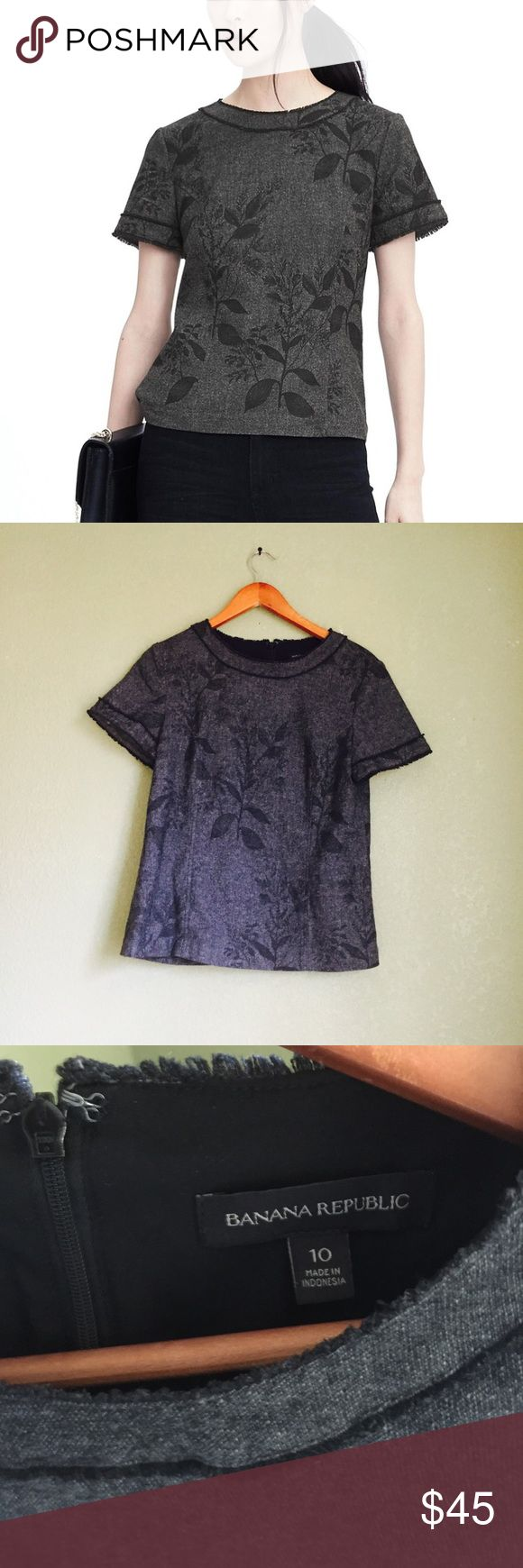 Banana republic Marcy frayed floral top size 10 Very fashionable and chic size 10 banana republic top All over floral print Back half zip Frayed ends Banana Republic Tops Blouses