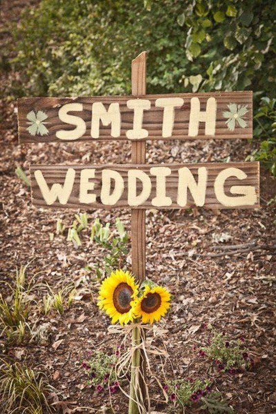 sunflower wedding sign / http://www.himisspuff.com/country-sunflower-wedding-ideas/12/