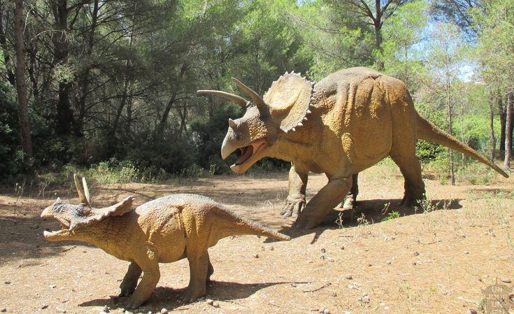 Musée - parc des dinosaures à Mèze dans l'Hérault à découvrir absolument