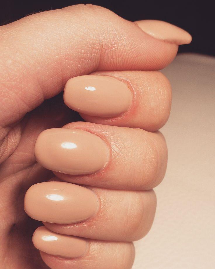 #nude #design #nails #polish
