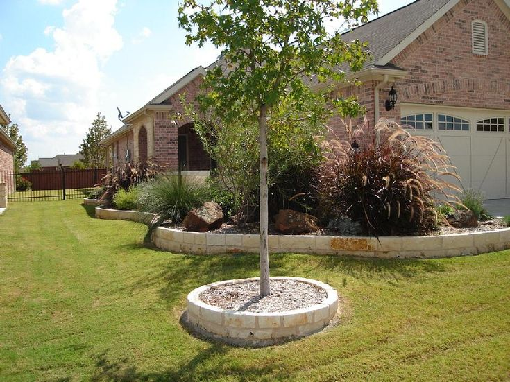 Flower Bed Designs The Stone Border In This Flower Bed 640 x 480