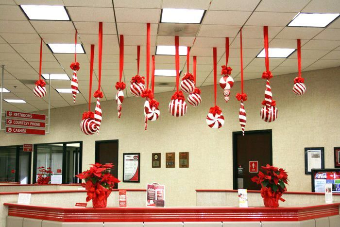 Image Result For Ways To Decorate Office For Christmas