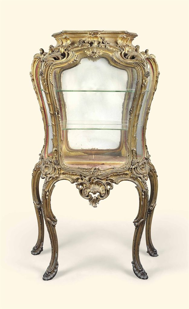 A FRENCH CARVED GILTWOOD VITRINE-ON-STAND - LATE 19TH CENTURY
