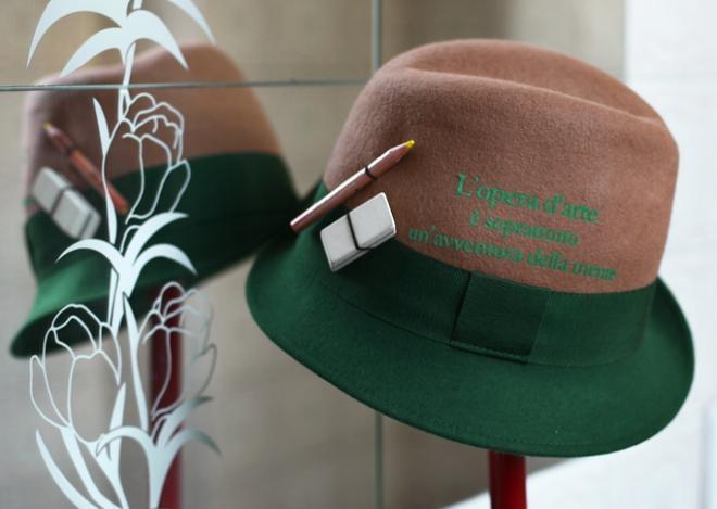 Pokemaoke... Cappello bicolore con frase