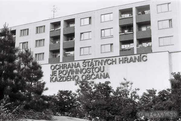 """Námestie Hraničiarov, Petržalka, Bratislava: """"To defend the state borders is the duty of every citizen"""""""