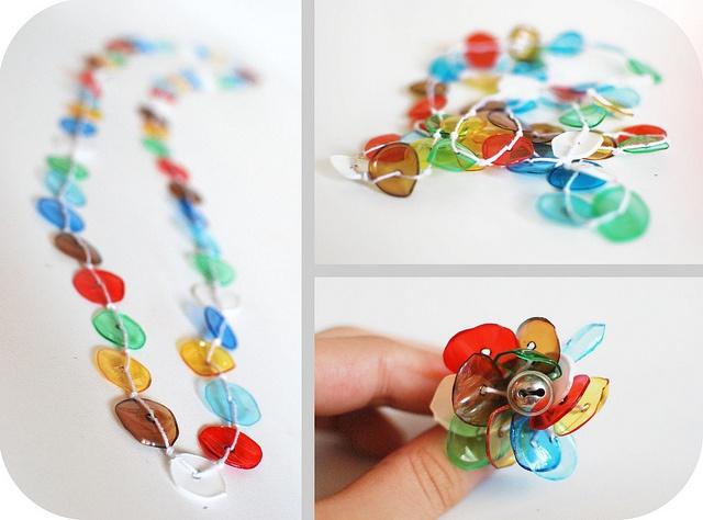 .PLASTIC BOTTLE PLASTIC BEADS