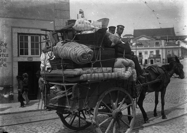 Carroça de mudanças, 1907, foto de Joshua Benoliel, in a.f. C.M.L.