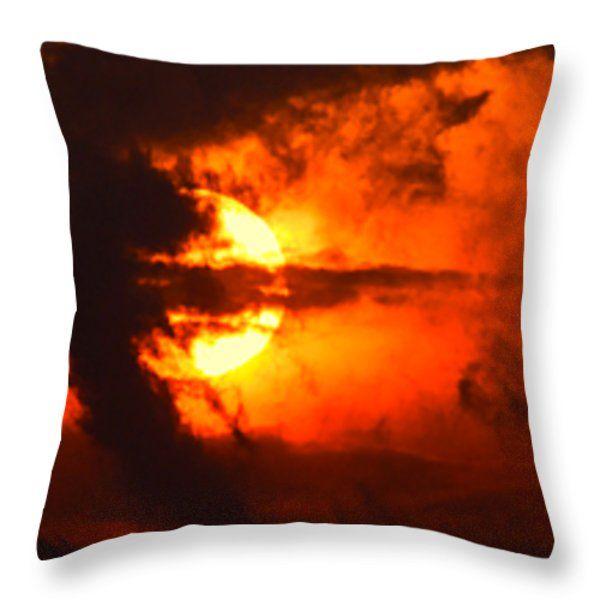 All Throw Pillows - Bellissimo primo piano di un tramonto rosso nuvoloso e drammatico Throw Pillow by Orazio Puccio #business #b2bmarketing #socialmediamarketing #contentmarketing #marketingtips #digitalmarketing #marketing