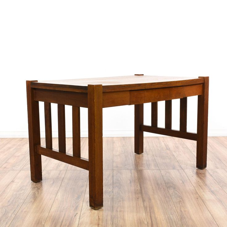 This antique mission style desk is featured in a solid wood with a quarter  sawn oak - Best 25+ Craftsman Desks Ideas On Pinterest Arts And Crafts