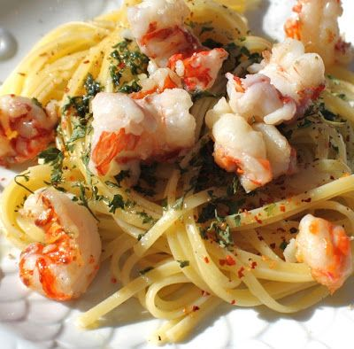 What's Cookin' Italian Style Cuisine: Linguine with Rock Shrimp, Anchovies and Aglio e Olio Plus Video