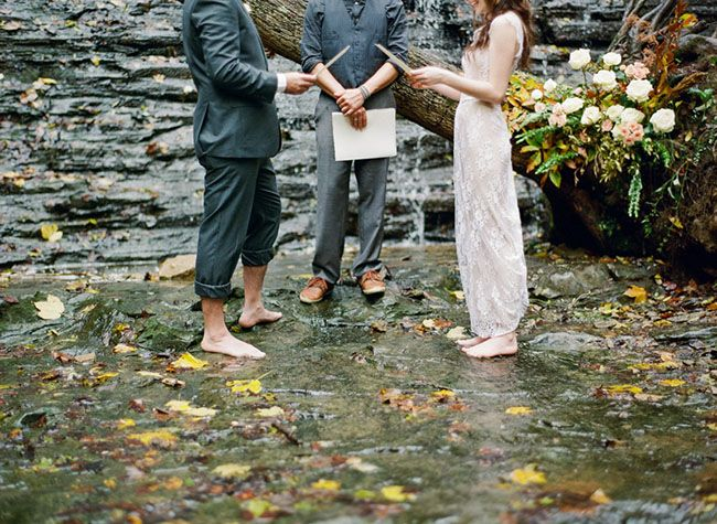 Rainy Elopement - I love the bare feet!