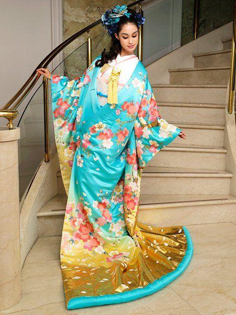 2014 Kimono by Yumi Katsura Robe de mariée sur www.espacemariage.com