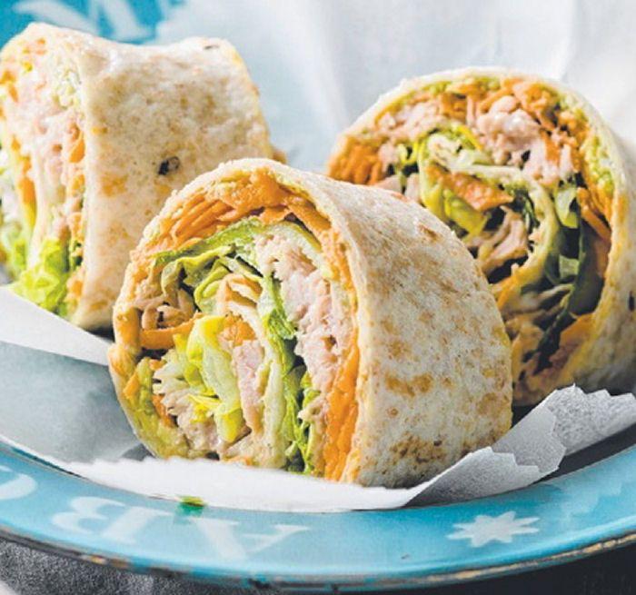 Tuna & Salad Rolls - #Appetizers #Healthy #Snacks