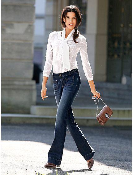 #Schluppenbluse #Bootcut-Jeans