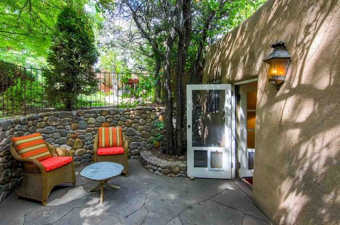 (Santa Fe MLS) For Sale: 1 bed, 1 bath condo located at 1005 E Alameda Unit E, Santa Fe, NM 87501 on sale now for $437,000. MLS# 201604656. Sweet and charming free standing condo located in the prestigious Alamed...