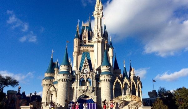 With Christmas around the corner, looks like your best shot at taking a trip to Disney with shorter lines and better deals is here: https://couponing.dealspotr.com/article/how-to-go-to-disney-world-without-spending-a-fortune #disney #deals #savings #hotels