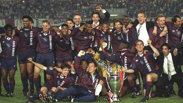 Ajax de Ámsterdam celebrando Liga de Campeones 94/95