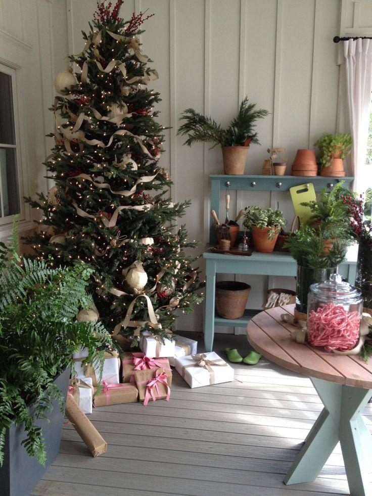 Southern Living Idea House Christmas Southern living, Southern and - southern living christmas decorations