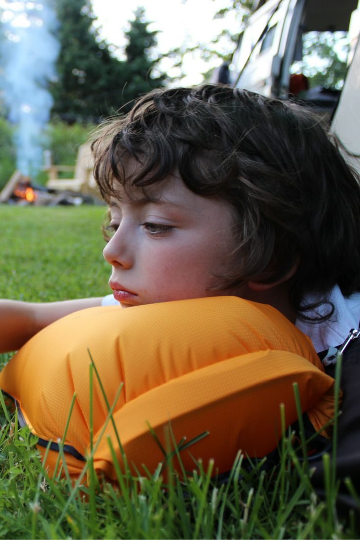 How do you know if your drybag is waterproof? Fill it with air and see if it holds! Rowan used the 10L Coastal Sunset drybag as a pillow. Great idea and a great little hiking/backpacking/camping hack try try out on your next trip. Use your drybag to hold important items when it's in your pack, but when you've settled down for the night empty it out, blow it up to your desired firmness and sleep comfortably. No need to pack an extra pillow!