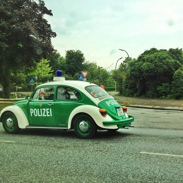 Peterwagen der Polizei Hamburg  Udel Kutsche