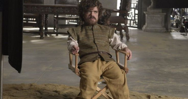 'SNL' Sketch Goes Behind-the-Scenes of 'Game of Thrones' -- Peter Dinklage and the cast of 'Saturday Night Live' take fans behind-the-scenes of HBO's 'Game of Thrones' in a hilarious new sketch. -- http://movieweb.com/snl-game-of-thrones-peter-dinklage-sketch/