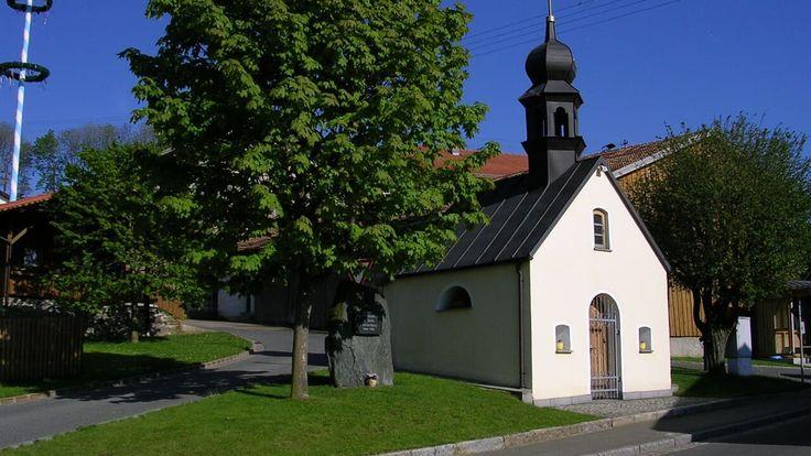 Neukirchen beim Heiligen Blut-Hinterbuchberg, Dorfkapelle