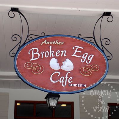 another broken egg cafe 10 places to eat in Destin Florida