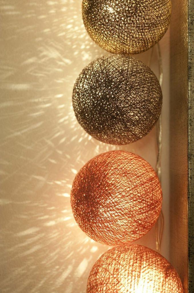 Cable & Cotton light show.