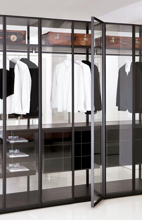 Glass Wardrobe//