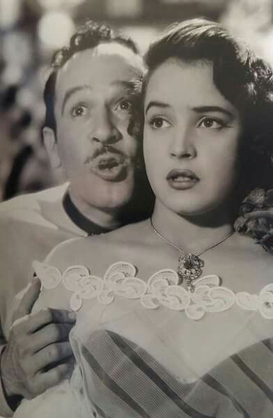 Pedro Infante y Yolanda Varela en Dos Tipos de Cuidado
