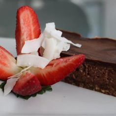RAW CHOC SLICE - a healthy chocolate treat for EASTER!! Very yum & another snack that is great straight from the freezer!! http://www.kimbeach.com/free-resour…/recipes/raw-choc-slice/ Feel good, look great - activewear sizes 16-26 Designed & made in Australia www.blitzactive.com.au #blitzactive #plussizeactivewear #plussizeclothing #healthyslice #chocolate #easter #feelgoodlookgreat