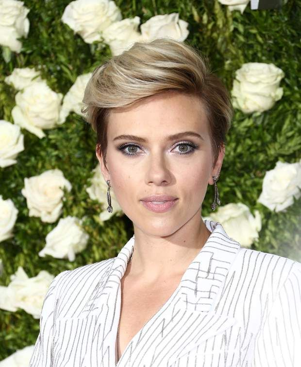 Tony Awards 2017 : Scarlett Johansson