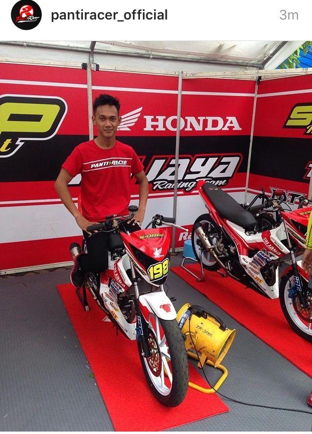 Awhin Sanjaya The Riders Indonesia -- with Team HONDA TRIJAYA