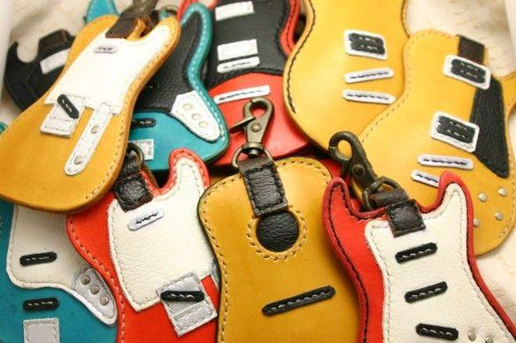 ギターキーケース アコースティックタイプ(焦茶)