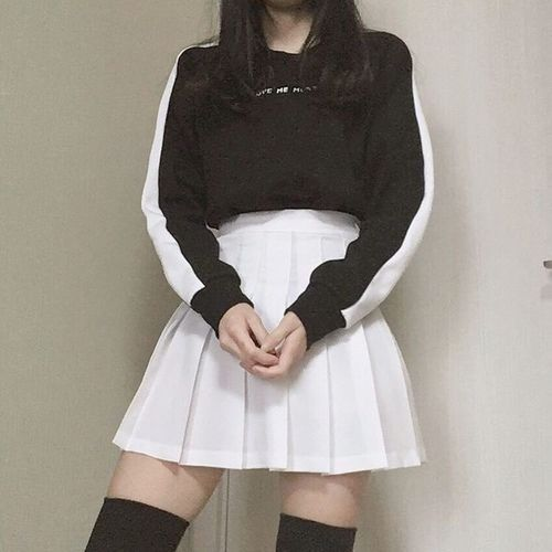 Top| Sweatshirt| Black| White| Multicolored| High neck| Crewneck| Tucked in| Long sleeve| Skirt| Mini| Skater| Short| Leg| High waisted| Shoes| Boots| Thigh high| Over the knee| Spring| Fall| Autumn| P843