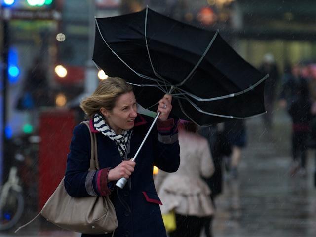 KNMI waarschuwt voor extreem weer in deel Nederland