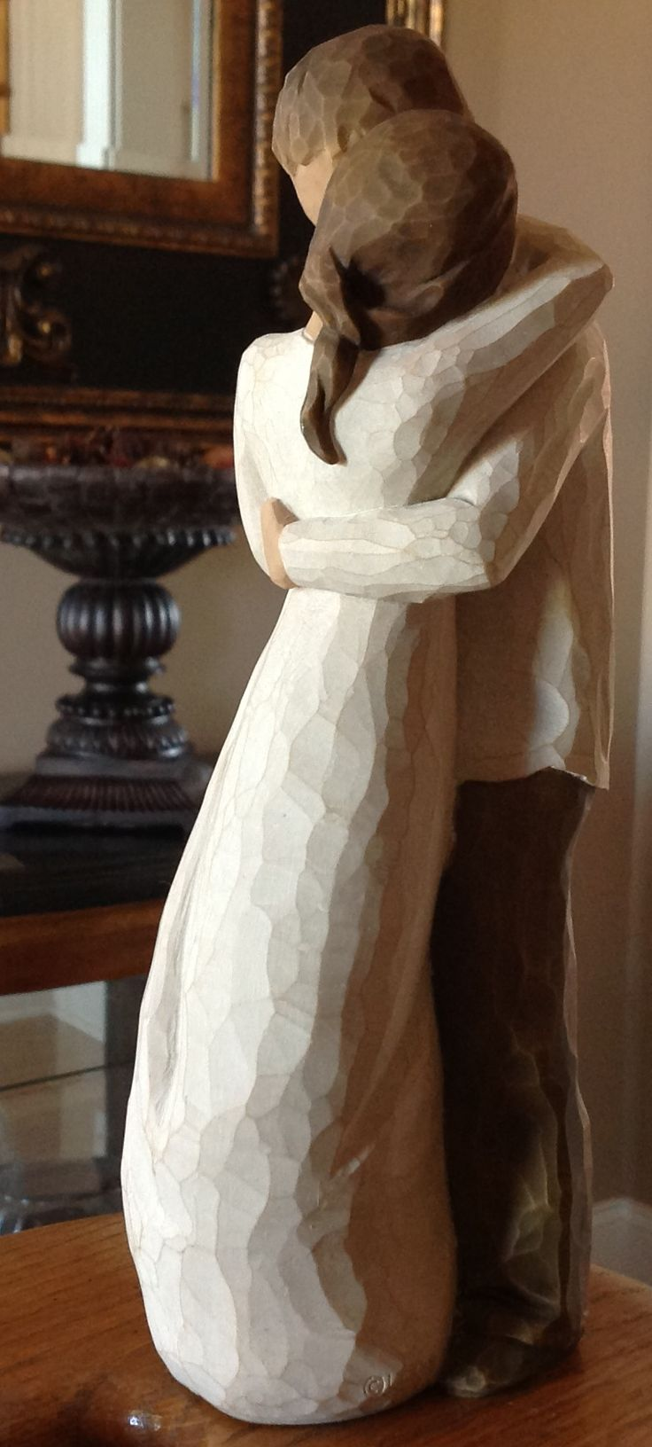 Willow Tree Figurine- Promise.....Hold dear the promise of love