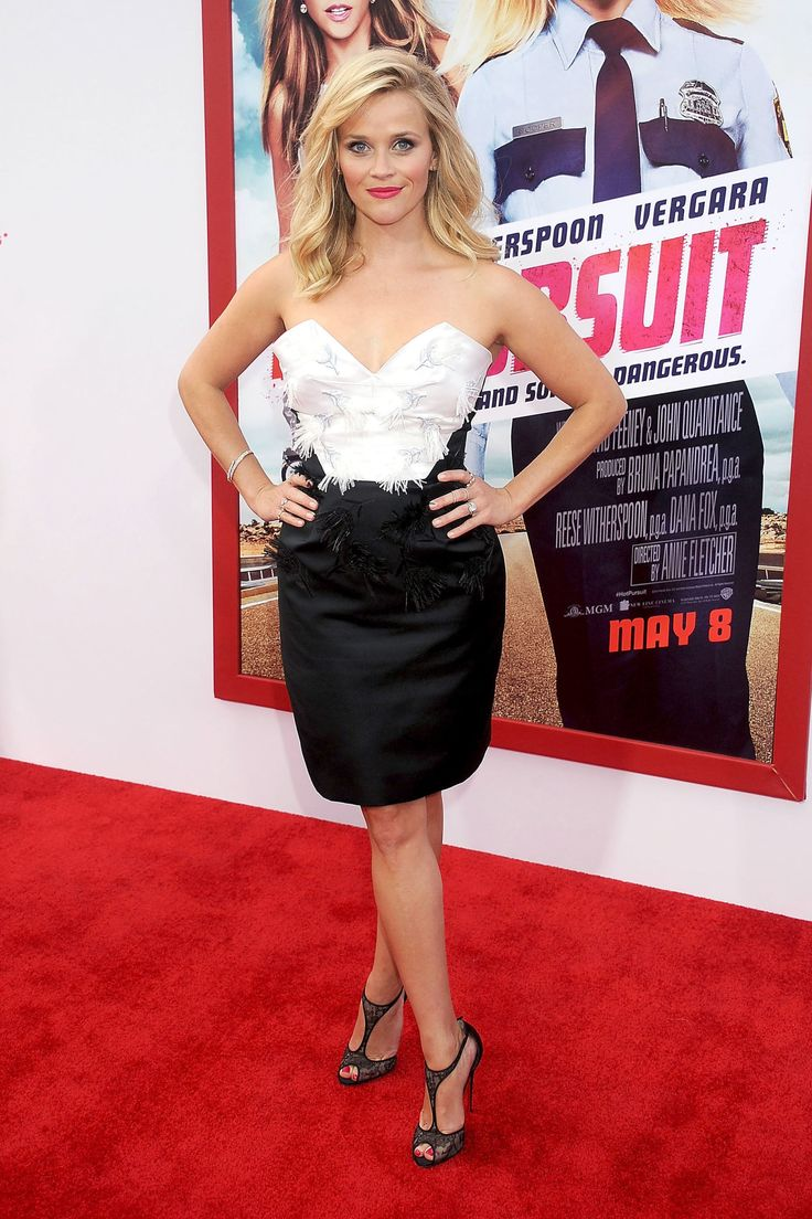 Reese Witherspoon arrives at the Los Angeles premiere of Hot Pursuit at TCL Chinese Theatre IMAX on April 30, 2015, in Hollywood, California.   - Cosmopolitan.com