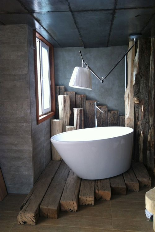 Simple, modern rustic cabin bathroom.