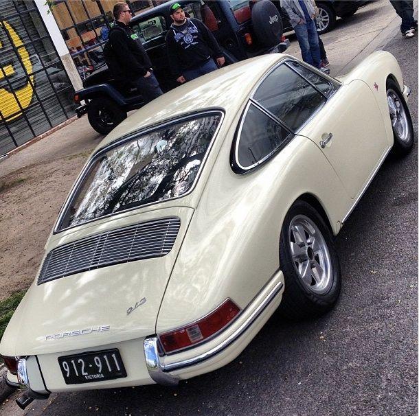 White Porsche 912
