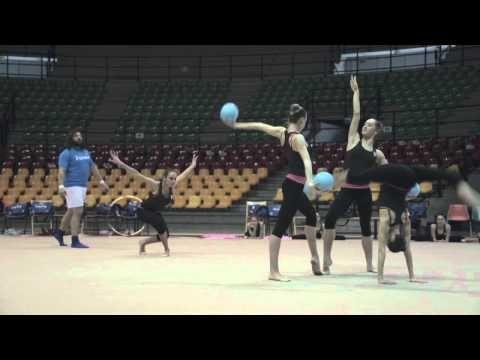 ▶ [Spot TV] Olimpiadi - Nastro rosa per Castrogiovanni - YouTube