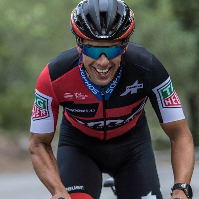 El local del BMC Racing Team, Richie Porte se impuso en la 5ta etapa del Santos Tour Down Under y con la ventaja obtenida en meta más las bonificaciones quedó empatado en el liderato de la ronda australiana con Daryl Impey del Mitchelton Scott.   #BMCRacingTeam #RichiePorte #SantosTourDownUnder