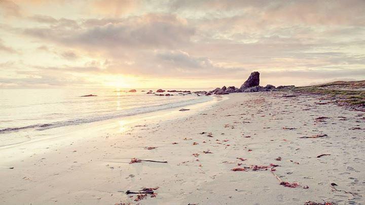Beach Værøy