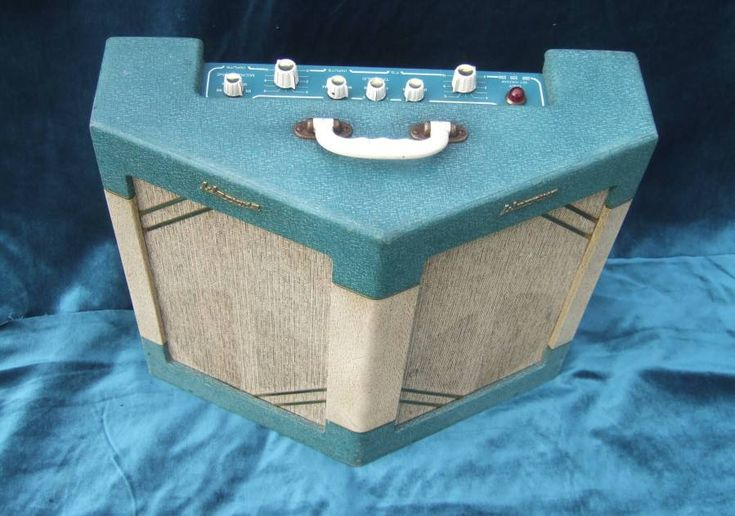 Watkins copy cats,Dominators,Scouts,Westminsters,Jokers etc WATKINS JOKER COMBOS WANTED CASH PAID.WATKINS ELAC SPEAKERS IN STOCK,WEM WATKINS GUITAR AMPS FOR SALE,WATKINS MARSHALL VOX SELMER HIWATT SPARES,SPEAKERS,VINTAGE WATKINS GUITAR AMPS,DOMINATOR 2X10